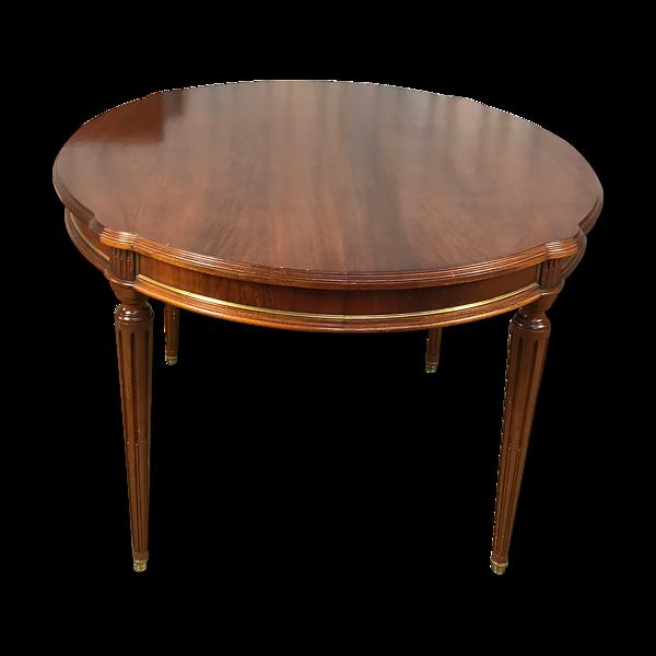 Table de style Louis XVI acajou avec 3 allonges