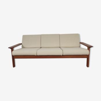 JUUL KRISTENSEN 3-seater teak sofa for Glostrup, Denmark 1960s