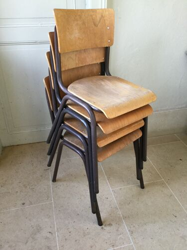 Lot 4 chaises d'école