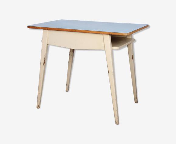 Table à repas bleue