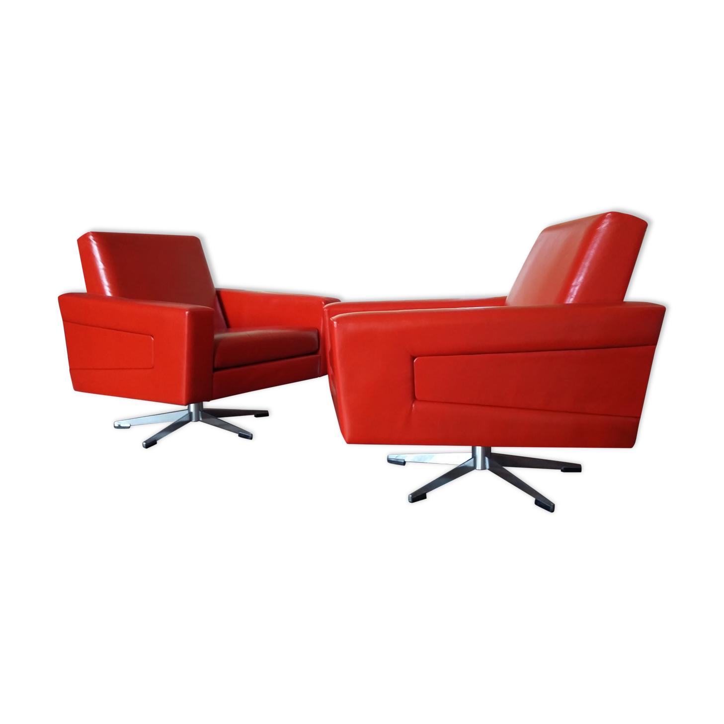Deux fauteuils vintage pivotants cuir rouge