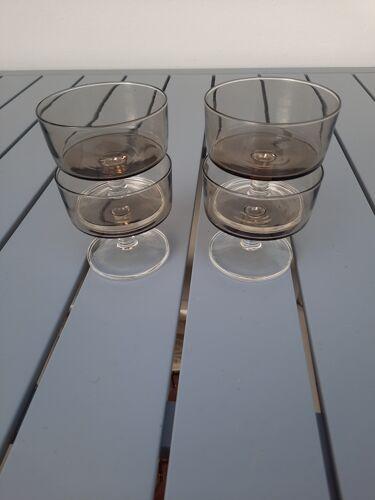 Set de 4 flûtes champagne verre teinté noir