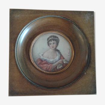 Miniature portrait dame élégante à la robe rouge