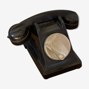 Téléphone à cadran en métal Bakélite noir vintage 1950