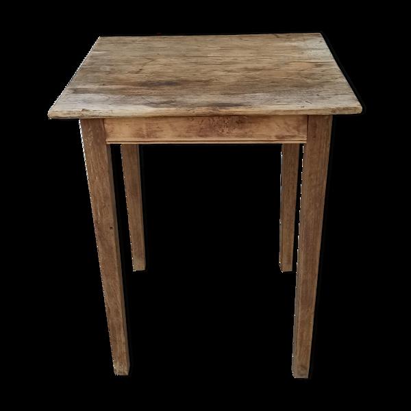 Table de ferme carrée