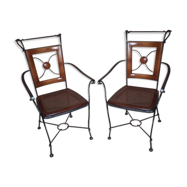 Paire de chaises avec accoudoirs