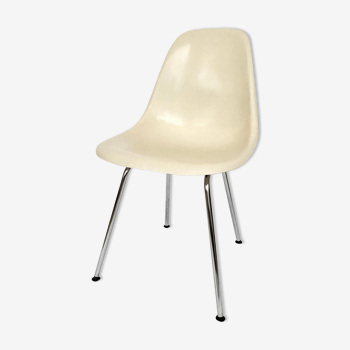 DSX Eames chair for Herman Miller vintage 70