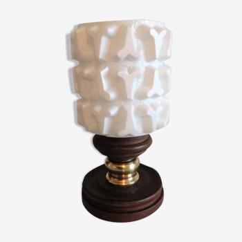 Lampe de chevet verre blanc structuré et socle bois / vintage années 60-70