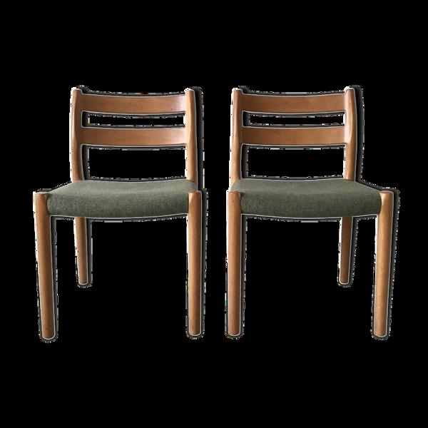 Paire de chaises en teck par JL Moller pour Højbjerg Danemark années 1960