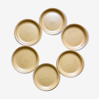 6 dessert plates made of sandstone