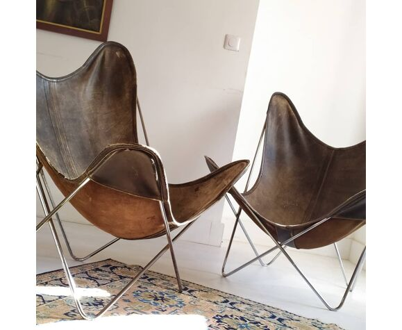 2 fauteuils AA Butterfly assises cuir