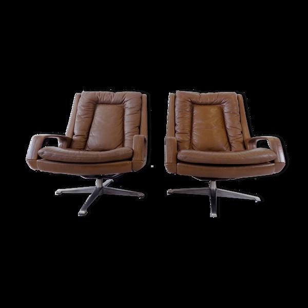 Ensemble de 2 fauteuils en cuir brun Carl Straub années 60
