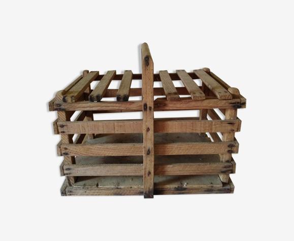 Panier à poules en bois