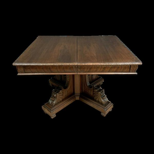 Selency Table Renaissance a allonges en noyer a patine brune