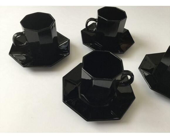 Tasses à café noires style Art Déco