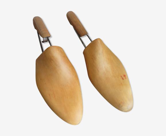 Embauchoirs anciens en bois
