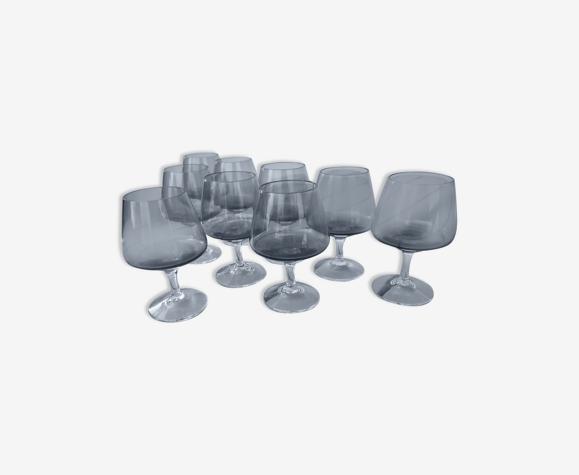 Set de 9 petits verres en verre fumé