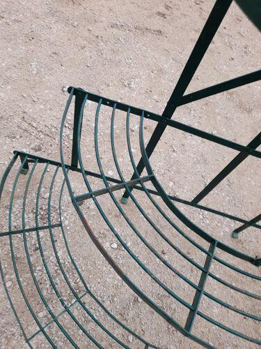 Porte plante de fleuriste ancien en fer