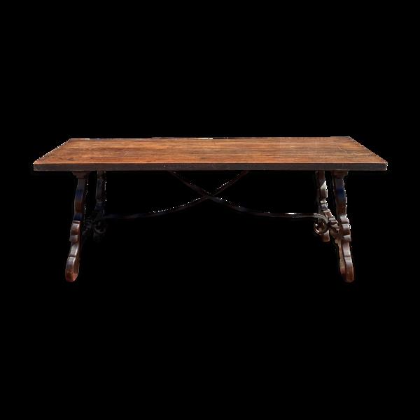 Selency Table espagnole en noyer d'époque XIX eme