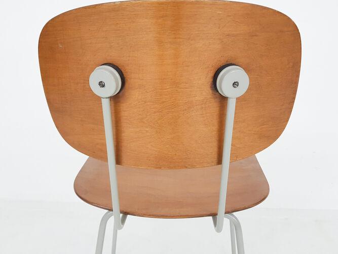 Chaise modèle 116 par Wim Rietveld pour Gispen, Pays-Bas 1953