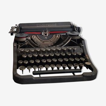 Underwood writing machine