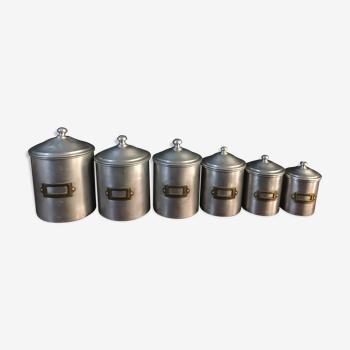 Six pots à épices en aluminium