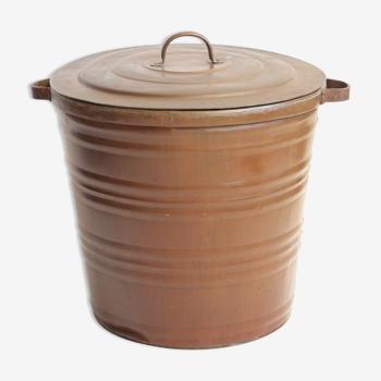 Corbeille en cuivre ou trash can
