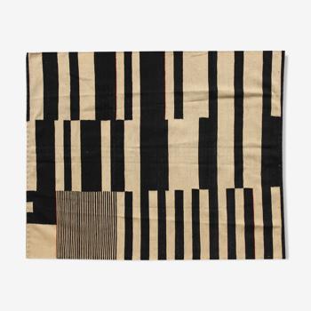 Black and ivory Kilim 195 x 163 cm
