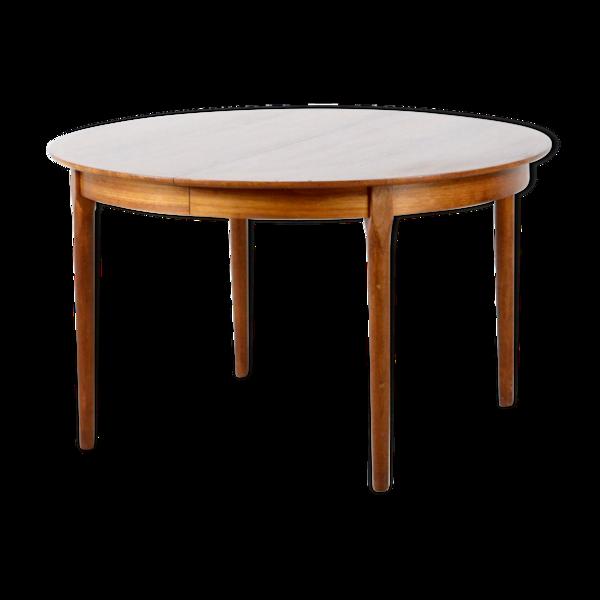 Table ronde d'extensible en teck danois du milieu du siècle par Poul Jeppensen