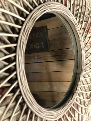 Miroir en rotin tressé naturel - 58 cm