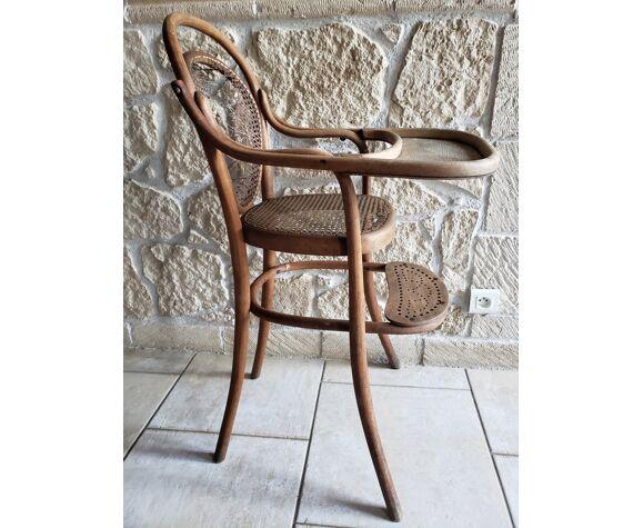 Chaise d'enfant haute cannée Thonet