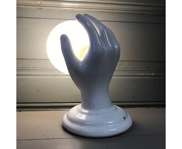 Applique main en céramique