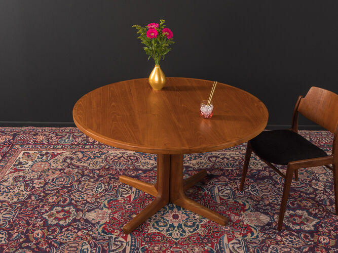 Table à manger des années 60