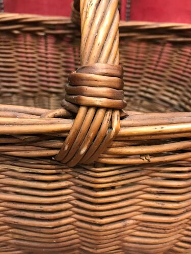 Panier en osier vintage