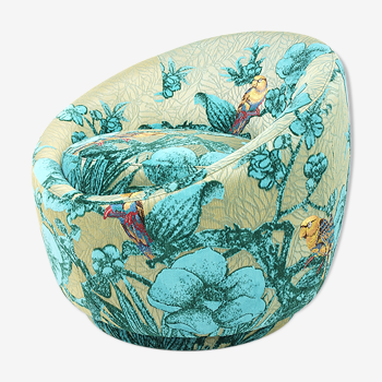 Cocktail chair swivelling turquoise fabric to parrots