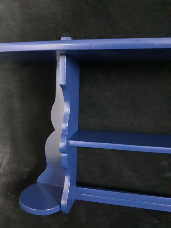 Étagère murale vintage en bleu marine