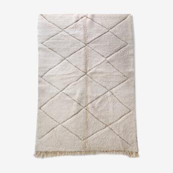 Moroccan Berber carpet Beni Ouarain enameled diamonds 245x154cm