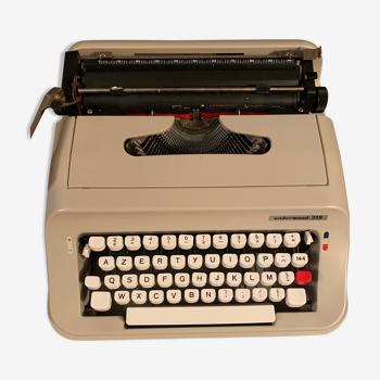 Machine à écrire Underwood 319