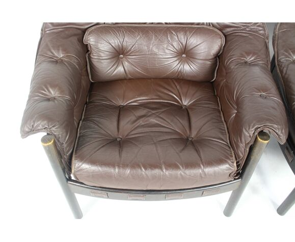 Paire de fauteuils Coja de Sven Ellekaer