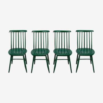 Ensemble de 4 chaises en fuseau scandinave vertes, années 1960