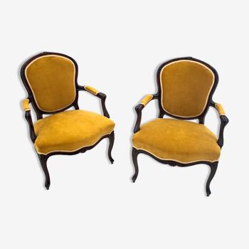 Paire de fauteuils anciens, Europe du Nord, vers 1900