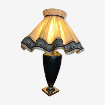 Lampe avec pied marbré et abat-jour taffetas juponné XXème