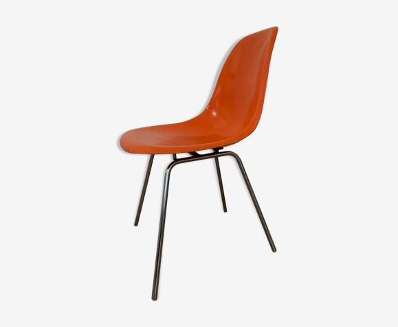 Chaise en fibre de verre DSX par Charles & Ray Eames