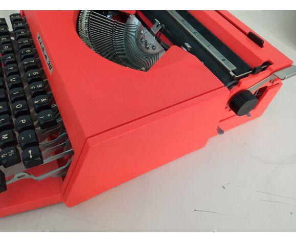 Machine à écrire Lisa 30 Antares Pur Vintage Orange