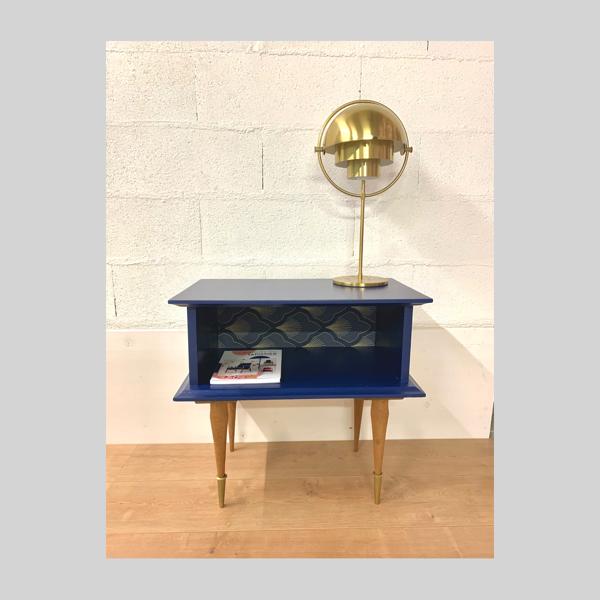 Table d'appoint bleu marine