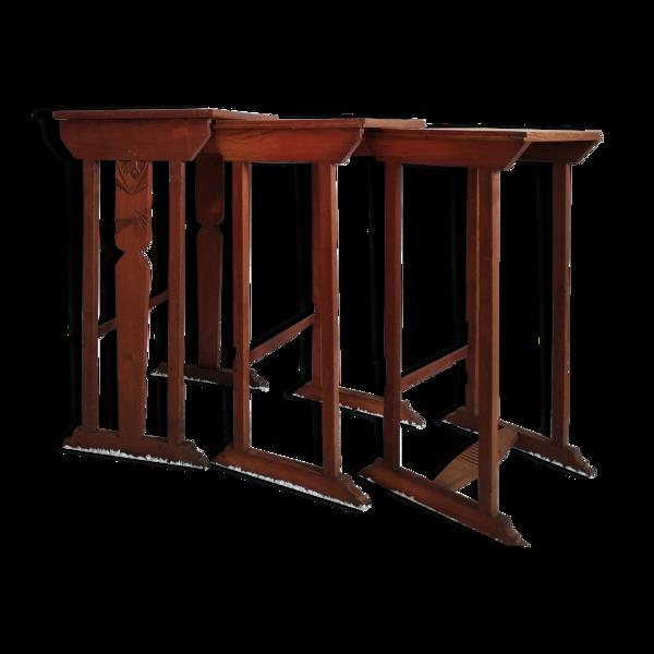Tables en bois gigognes anciennes art déco