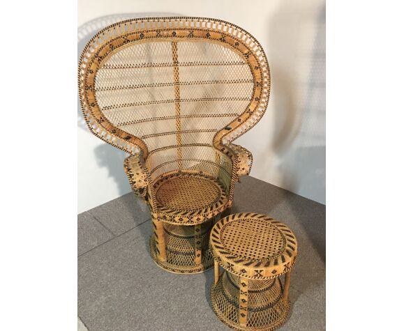 Set of armchairs and stool