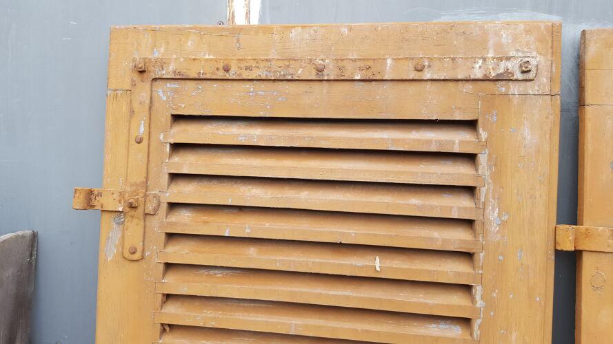 Volets persiennes bois anciens