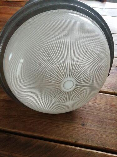 Suspension sphère holophane