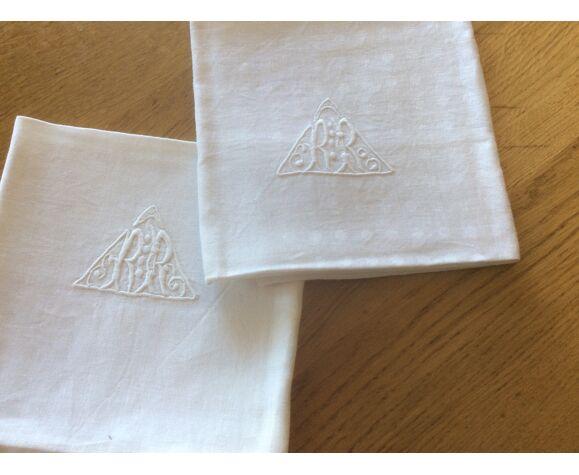 Paire de serviettes anciennes